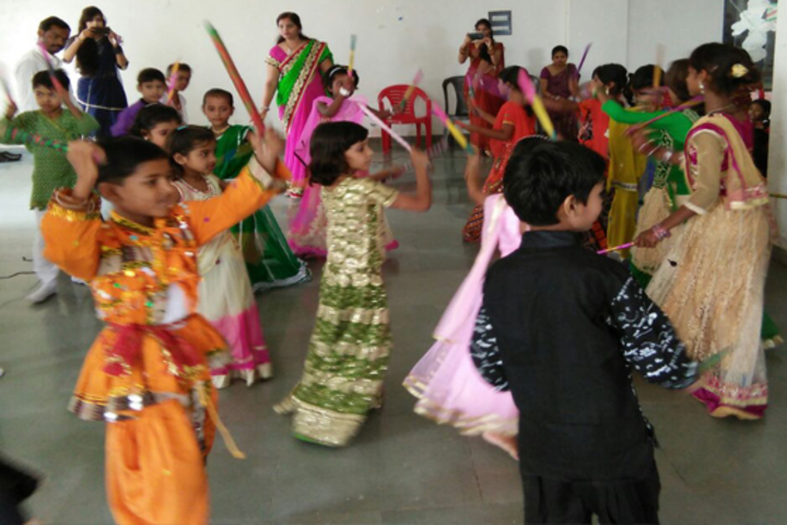 Yogiraj Public School-Junior Dance