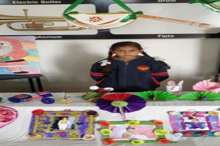 Yogiraj Public School-Paper Crafting