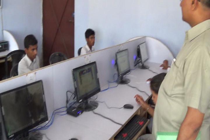 Mother Teresa Public School-Computer Lab