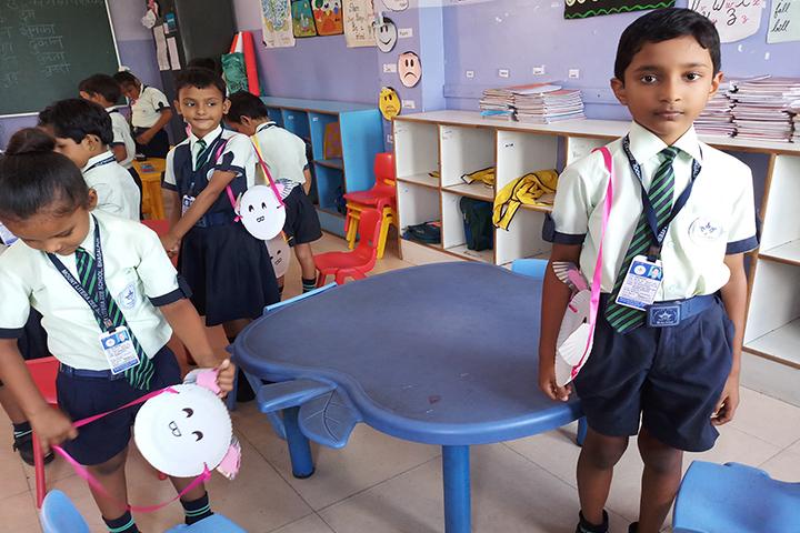 Mount Litera Zee School-Bag Making