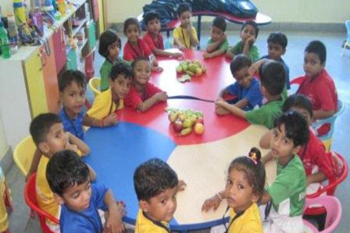 Mount Litera Zee School- Fruit Day
