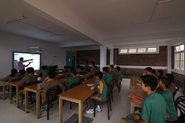 Manjusri Public School-Digital Class Room