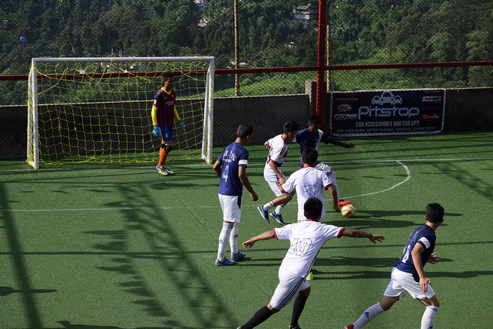 Manjusri Public School-Foot Ball