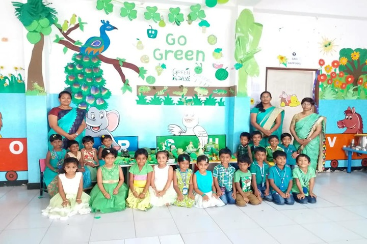 Akr Academy School-Green Day