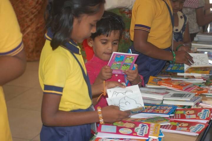 Aurobindo vidhyalaya School-Book Fair