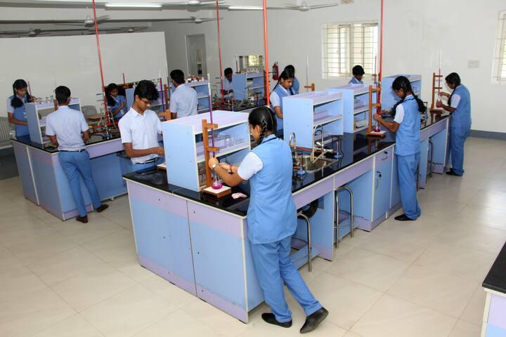 Bannari Amman Public School-Chemsitry Lab