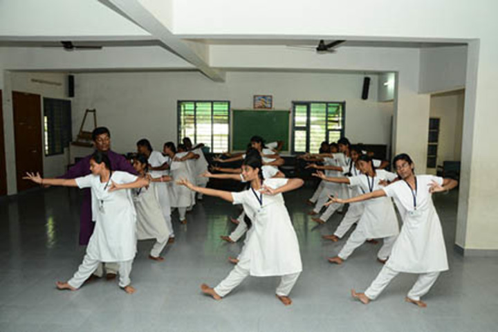 Bharati Vidyalaya Senior Secondary School-Dancing Activity