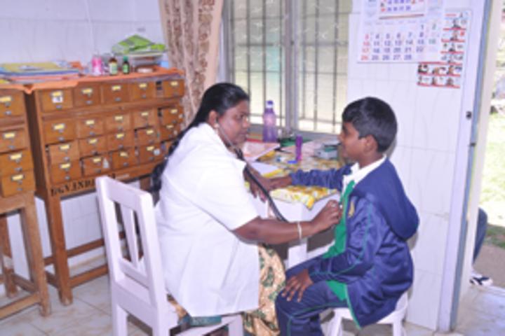 BhavanS Gandhi Vidyashram-Medical Facility