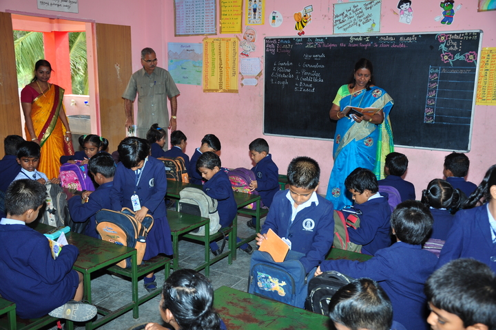 Brammaas Vidhyalaya School-Classroom