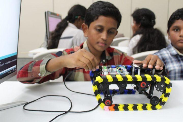 Brilliant School-Creative Minds