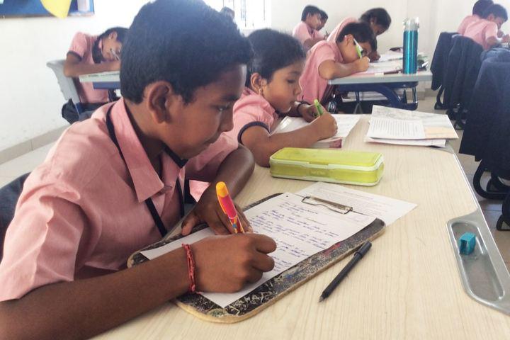 Brilliant Vidya Bhavan-Hand Writing Competition