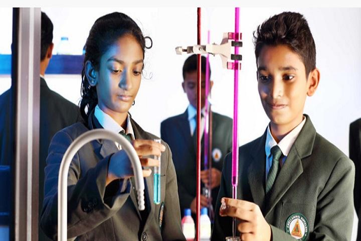 Chelammal Vidhyaashram-Science Lab
