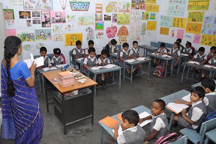 Dayananda Anglo Vedic School-KG Room
