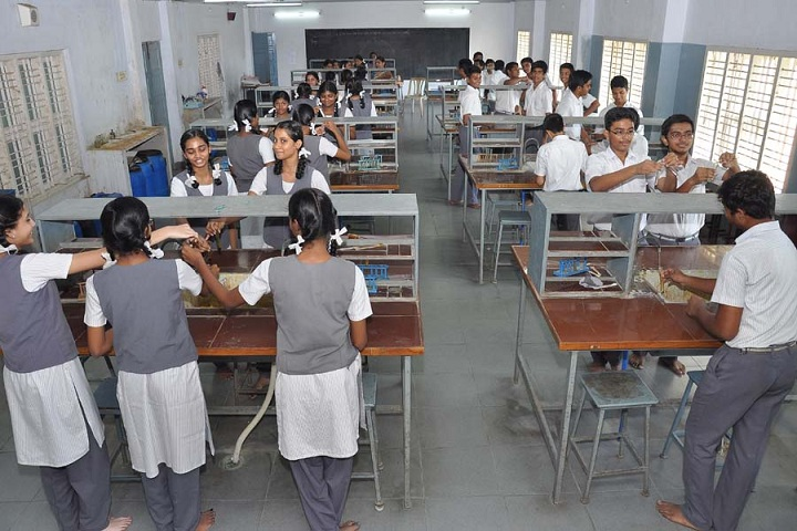 Dayananda Anglo Vedic School-Labs