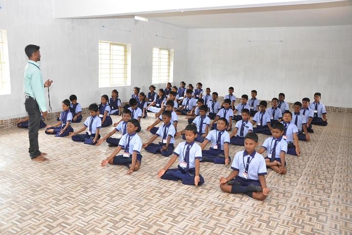 Damien Public School-Yoga
