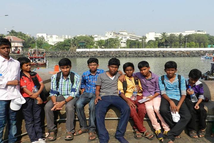 Dindigul Nadar Uravinmurai S M B Manickam Nadar Packiathammal National Public School-Excursion