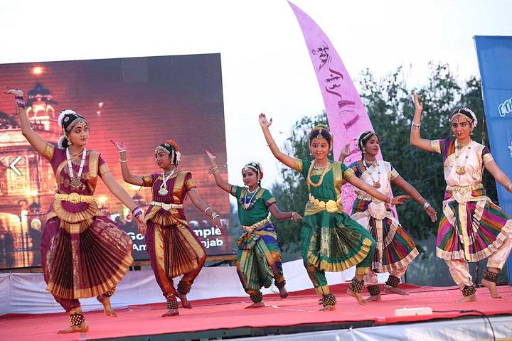 Dr.G.S.Kalyanasundaram Memorial School-Cultural Activities