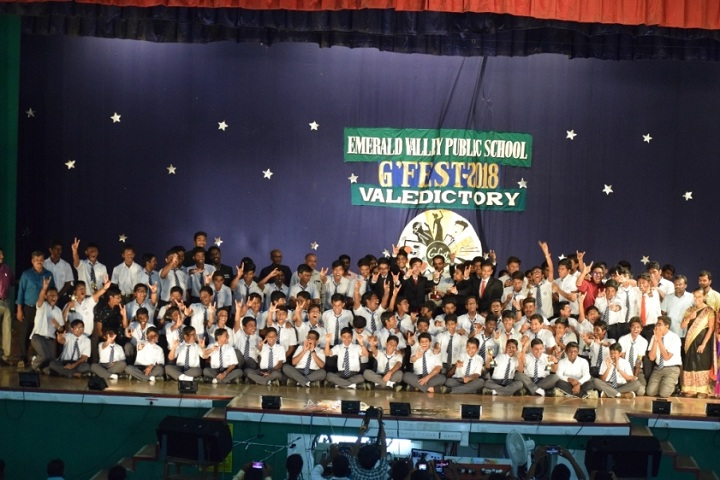 Emerald Valley Public School-Group
