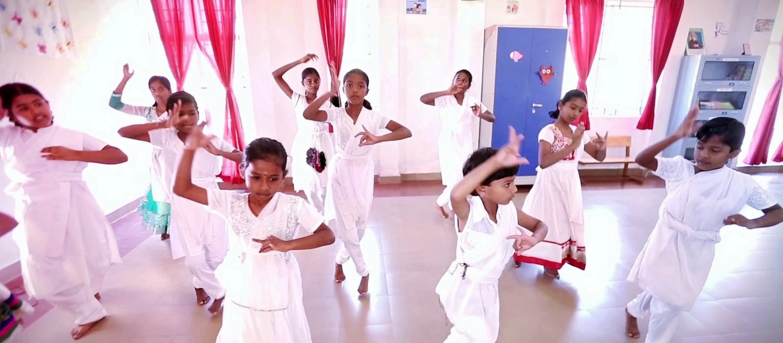 Frontline Millennium School-Dance