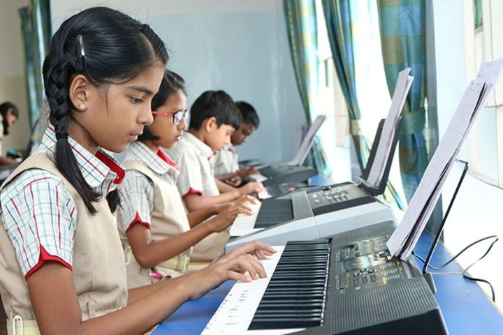 Gedee Public School-Computer Lab
