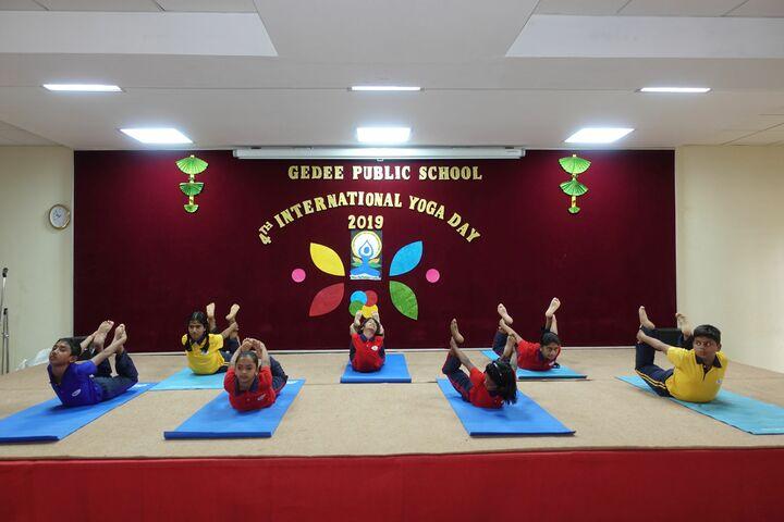 Gedee Public School-Yoga Day