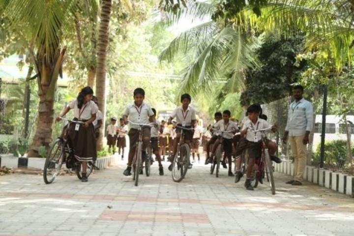 Green Park Smart School-Bicycle