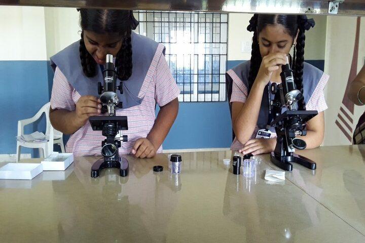 GRT Mahalakshmi Vidyalaya-Biology Lab
