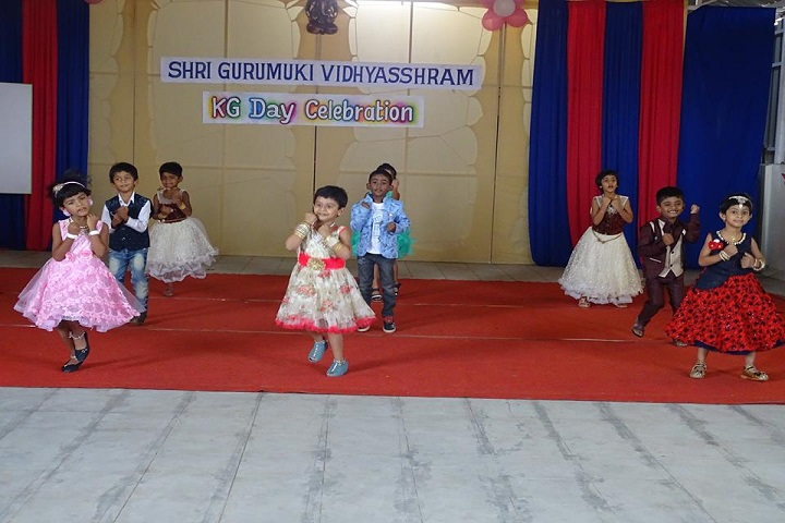 Gurumuki Vidhyasshram Matriculation School-Dances