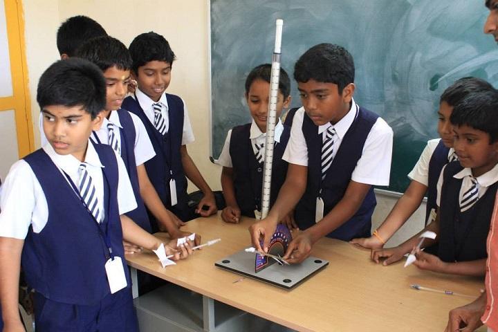 Gurumuki Vidhyasshram Matriculation School-Lab