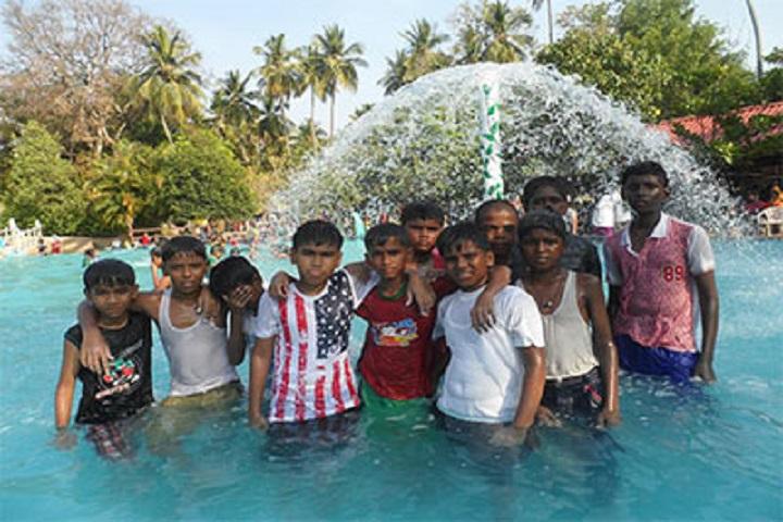 Gurumuki Vidhyasshram Matriculation School-Picnic