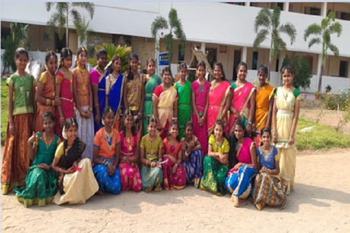 Gurumuki Vidhyasshram Matriculation School-Pongal Celebration