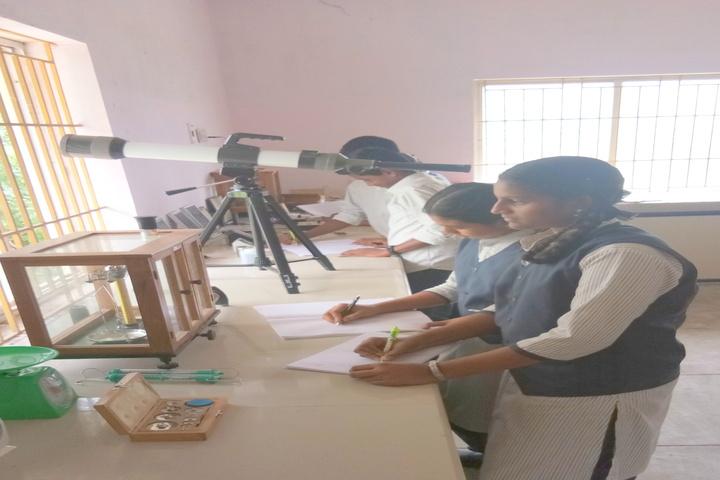 Heritage Vidhyalaya-Laboratory