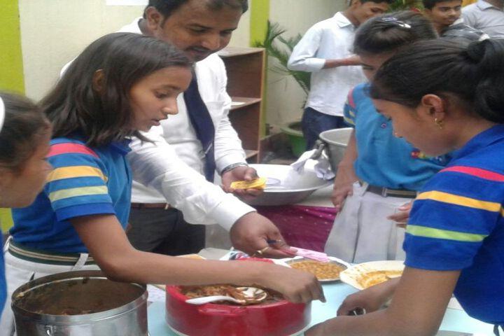Oasis Residential Public School-Food Fest