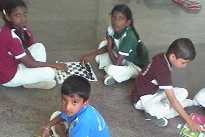 Jeeva Memorial Public School-Indoor Games