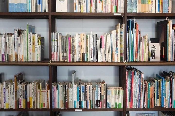 Jeeva Velu International School-Library