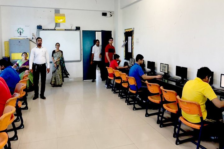 Open Minds  A Birla School-Computer Lab