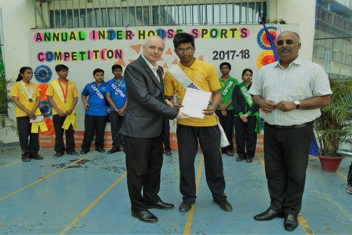 Open Minds  A Birla School-Prize Distribution