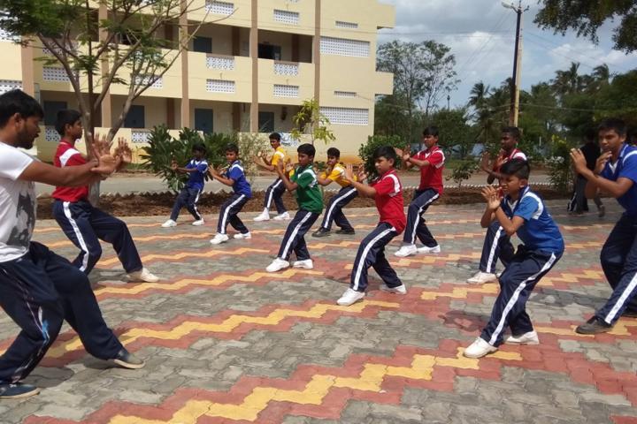 KLN VIDYALAYA-Karate class