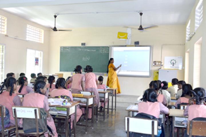 Kamala Subramaniam Secondary School-Smartclassroom