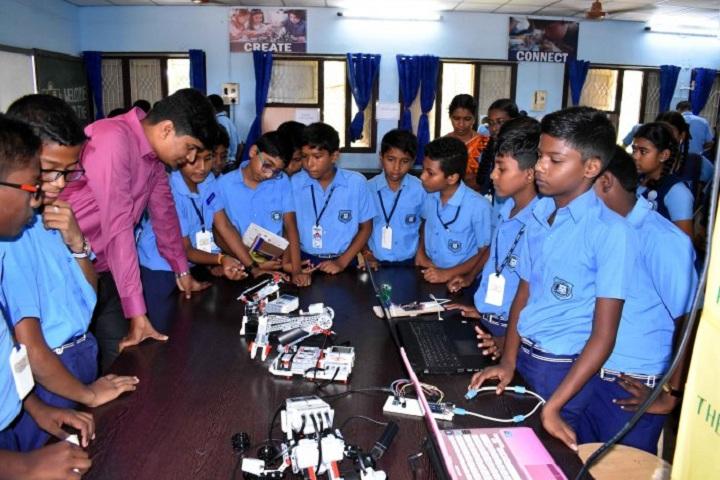 Kamalavathi Higher Secondary School-Atal Mentors Visit December 2018