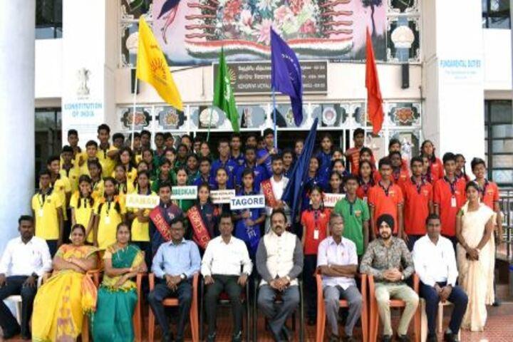 Kendriya Vidyalaya-Satff And Students