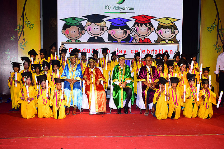 Kg VidhyaShram-Graduation Day