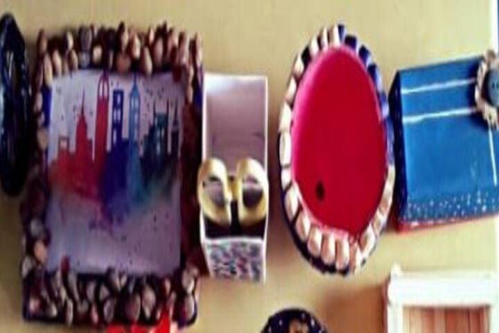 Kids Club School-Art and Craft