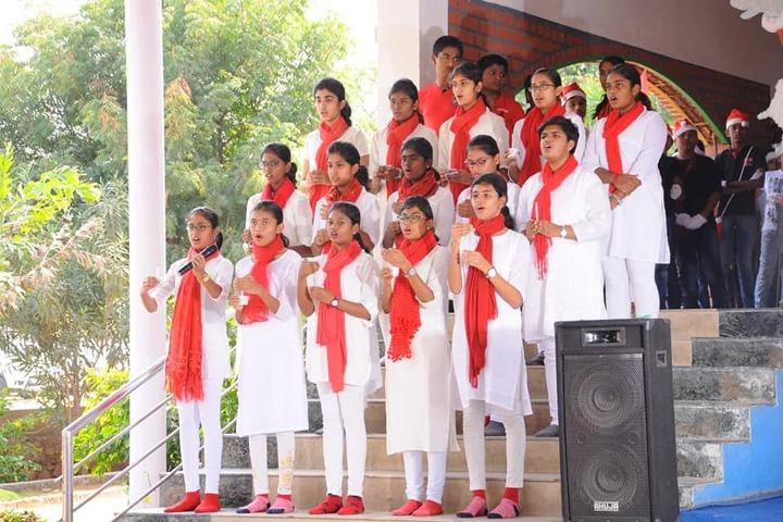 Kids Club School-Singing