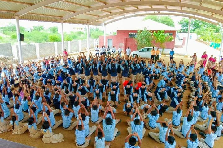 Kids Club School-Yoga