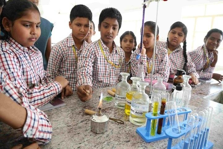 Kingstone International School-Chemistry Lab