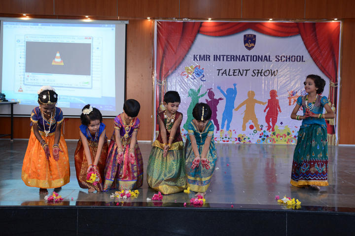 KMR International School-Programme
