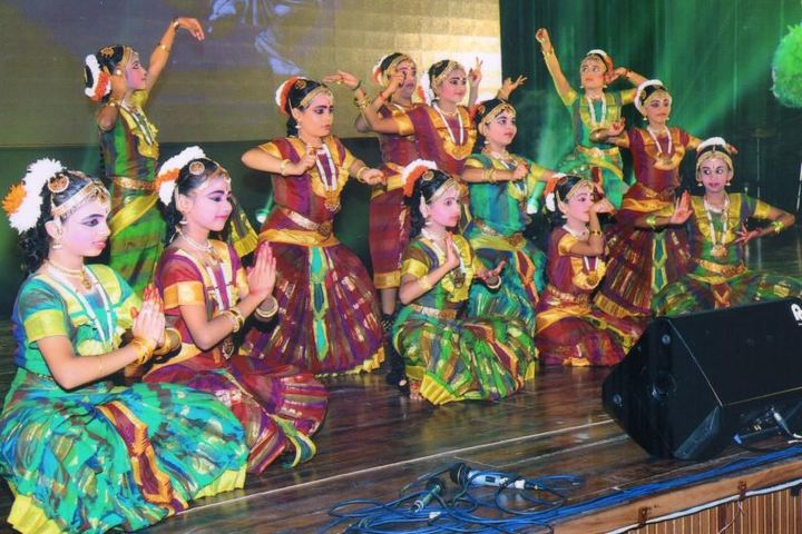 Kola Sarswathi Vaishnav Senior Secondary School-Traditional Dance