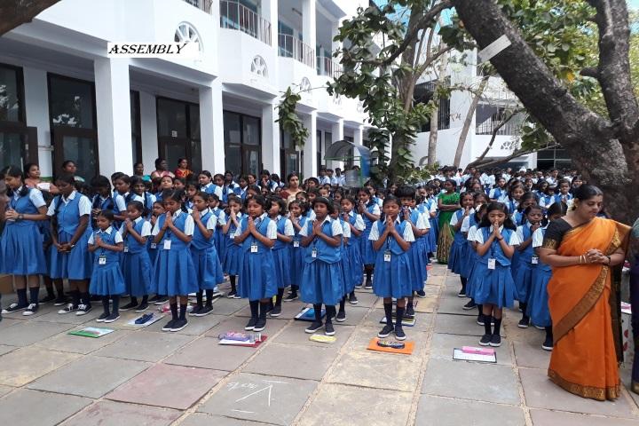 La Chataline Junior College-Prayer