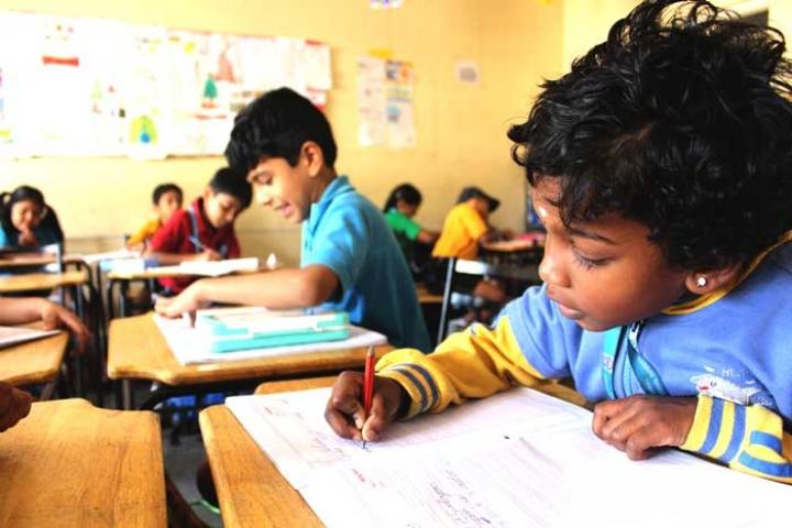 Lalaji Memorial Omega International School-Classroom